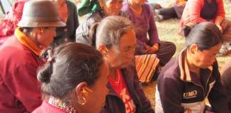 טיפול בנפגעי רעידת האדמה בנפאל